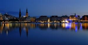 Credit night time shot of Alster © achim conring - hamburg Benutzer:Amcon